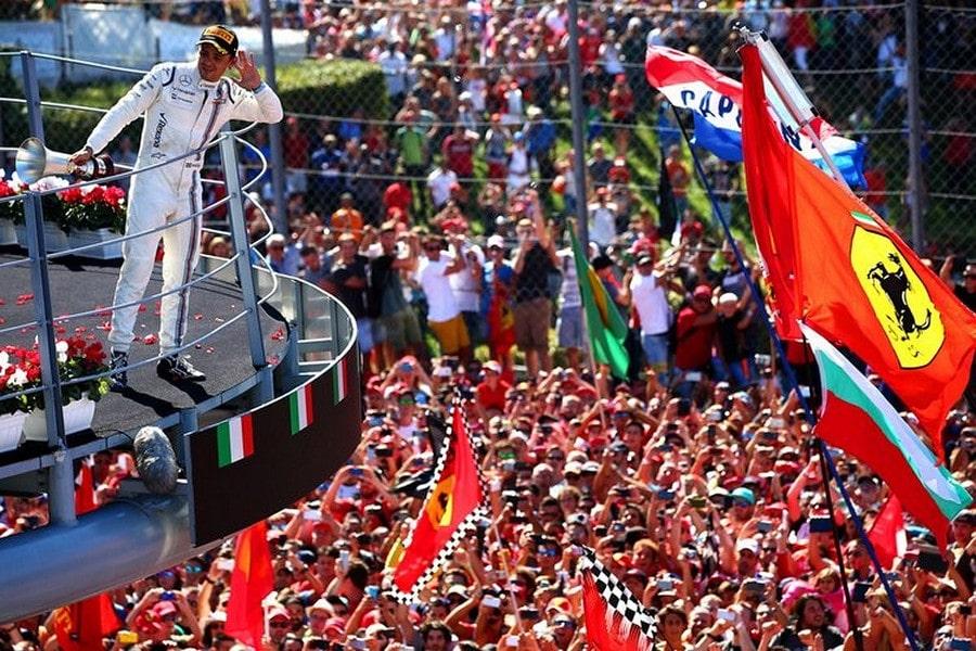 Felipe-Massa-F1-Grand-Prix-Italy-aAj8b9rexmox-750x500