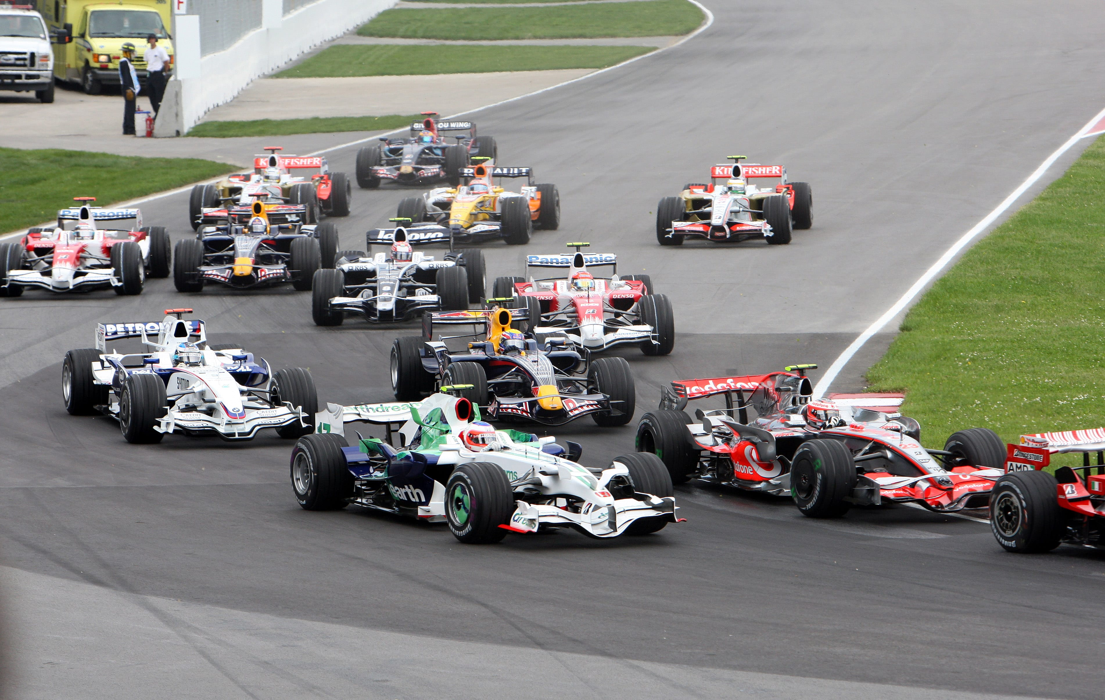 formula 1 in montreal extended to 2024 montreal grand prix. Black Bedroom Furniture Sets. Home Design Ideas